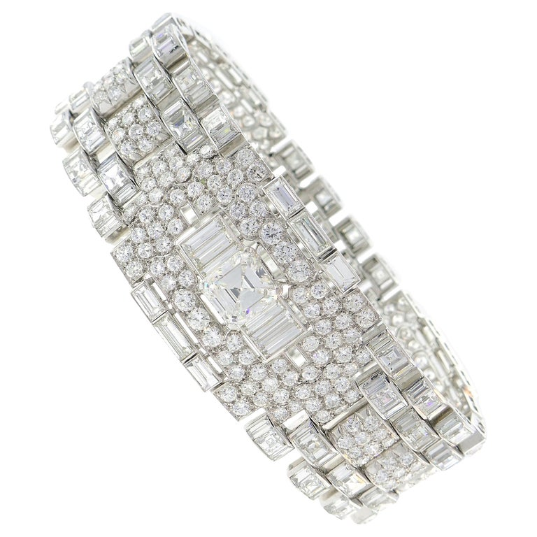 Art Deco Revival Diamond Platinum Bracelet, 1960s For Sale