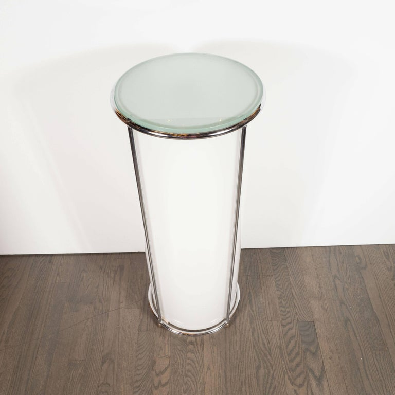 Art Deco Revival Plexi, Chrome and Glass Illuminated Pedestal In Excellent Condition For Sale In New York, NY