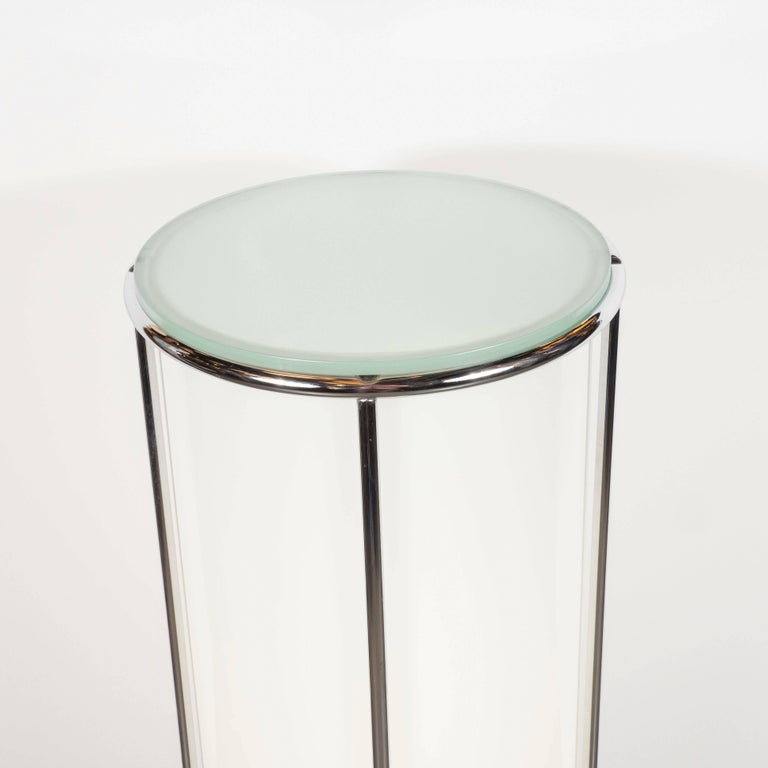 Art Deco Revival Plexi, Chrome and Glass Illuminated Pedestal For Sale 4
