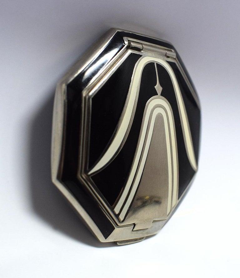 Art Deco Richard Hudnut Le Debut 'Tulip' Compact In Good Condition For Sale In Devon, England