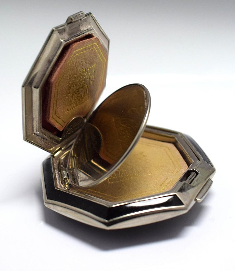 Art Deco Richard Hudnut Le Debut 'Tulip' Compact For Sale 1
