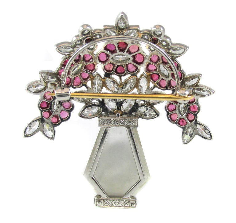 Art Deco Rock Crystal Ruby Diamond Platinum Brooch For Sale 1