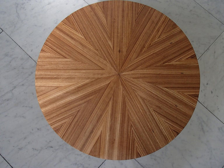 Mid-20th Century Art Deco Round Coffee or Side Table Zebrano Inlay For Sale