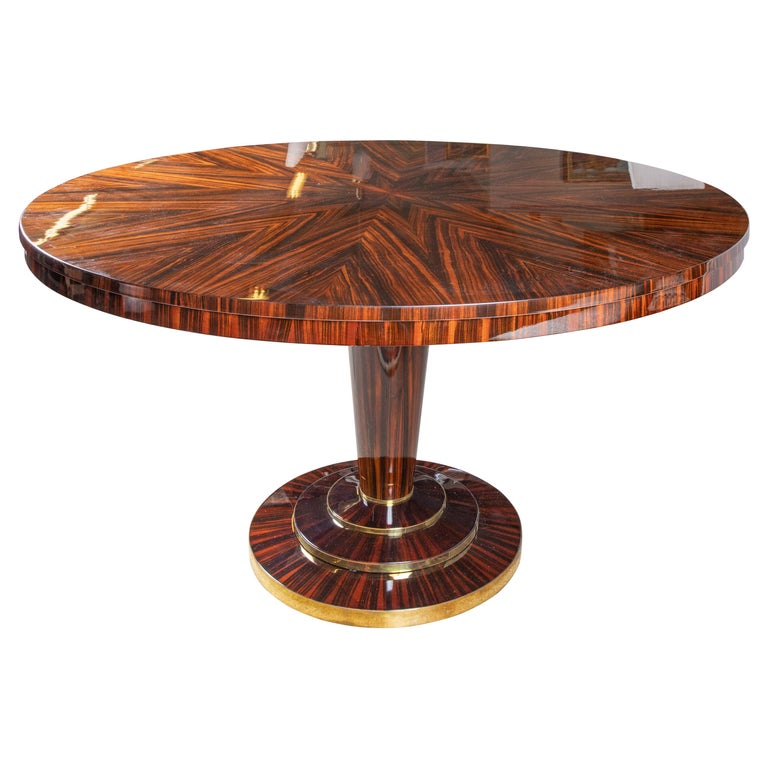 Art Deco Round Dinning Room Table in Macassar For Sale