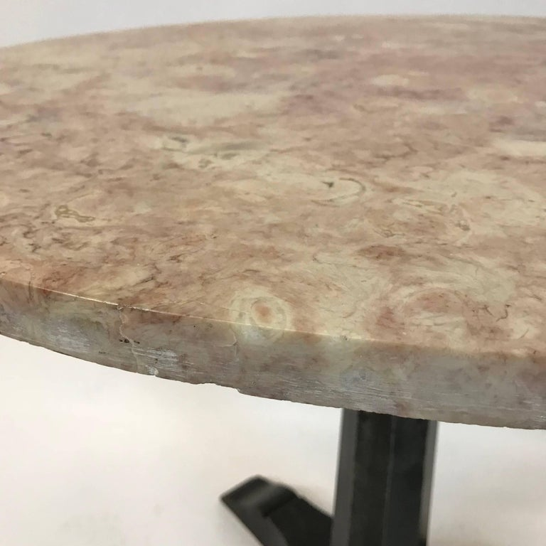 Art Deco Round Pink Marble Cafe Dining Table For Sale 1