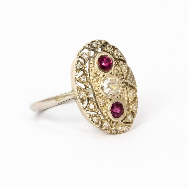 Art Deco Ruby and Diamond Platinum Ring For Sale 2