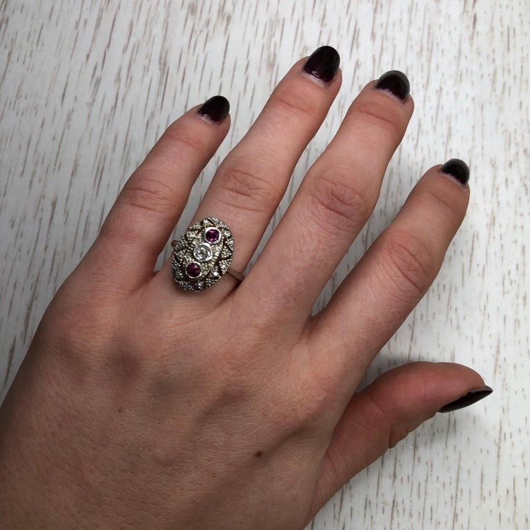 Art Deco Ruby and Diamond Platinum Ring For Sale 3