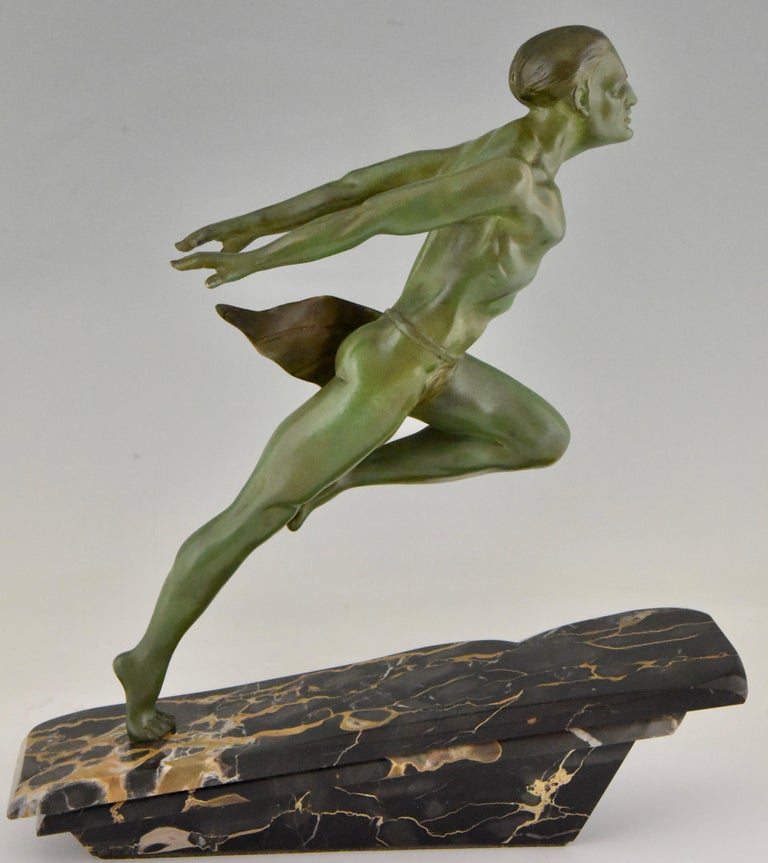 Art Deco Running Man Statue by L. Valderi French For Sale 2