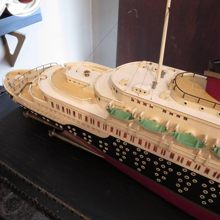 Mid-20th Century Art Deco S S Normandie Ocean Liner Travel Agency Display Model, circa 1935 For Sale