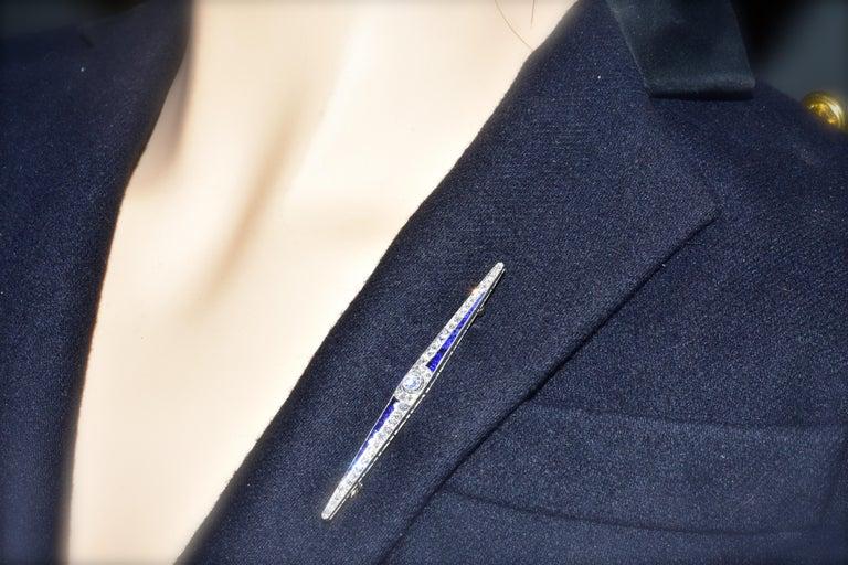 Art Deco Sapphire and Diamond Pin, circa 1920 For Sale 2