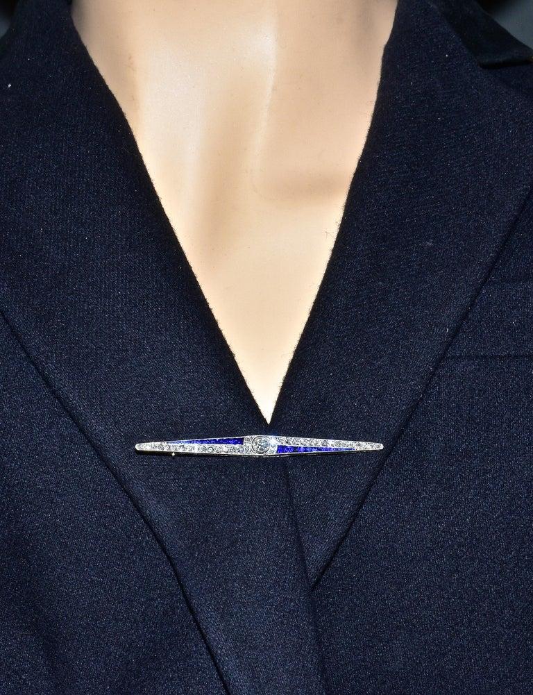 Art Deco Sapphire and Diamond Pin, circa 1920 For Sale 3