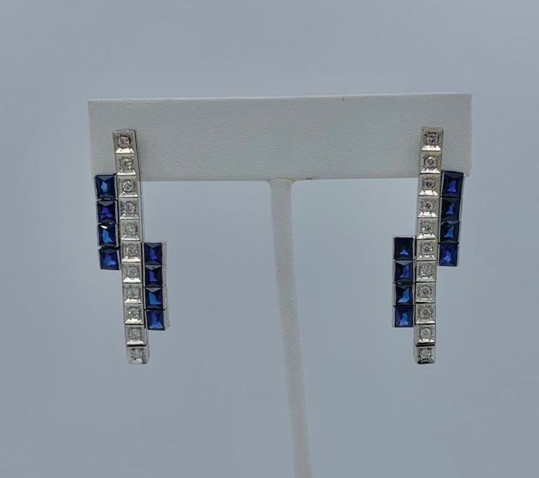 Round Cut Art Deco Sapphire Diamond Dangle Drop Earrings Articulated 14 Karat White Gold For Sale