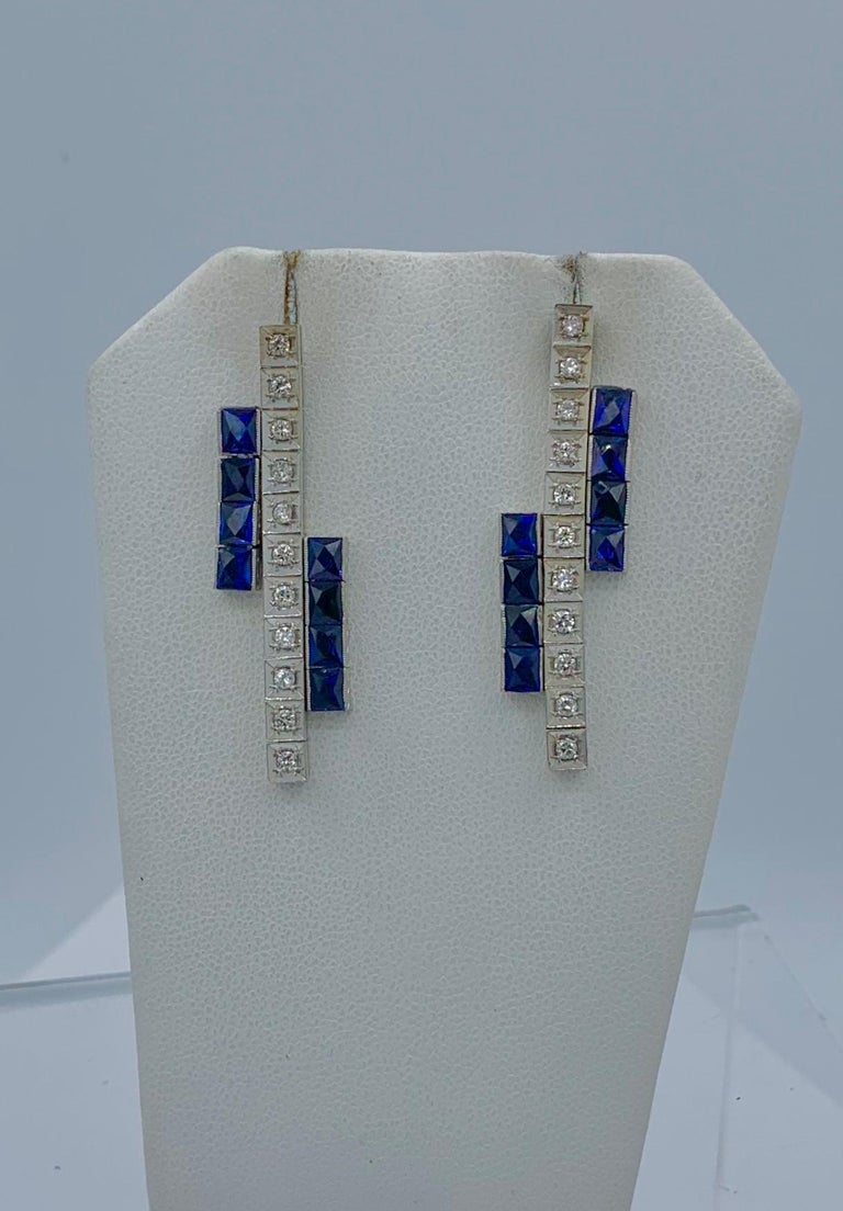 Art Deco Sapphire Diamond Dangle Drop Earrings Articulated 14 Karat White Gold In Good Condition For Sale In New York, NY