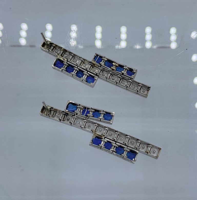Art Deco Sapphire Diamond Dangle Drop Earrings Articulated 14 Karat White Gold For Sale 2