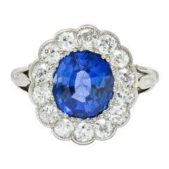 Art Deco Sapphire Diamond Platinum Cluster Fleur-de-Lis Ring