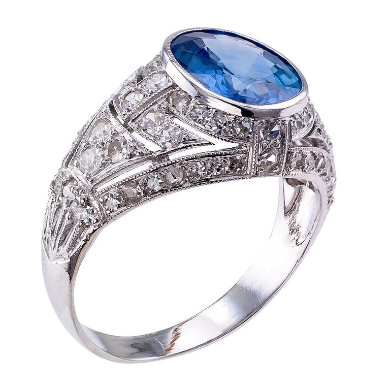 Art Deco Sapphire Diamond Platinum Ring In Good Condition For Sale In Los Angeles, CA