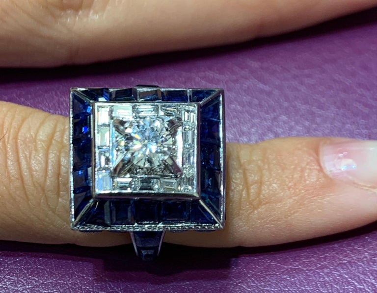 Art Deco Sapphire and Diamond Ring For Sale 1