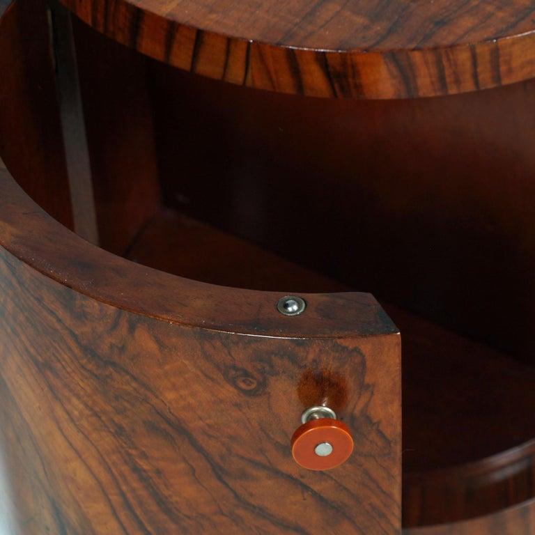 Art Deco Sculptural Entry Cabinet, Mirrored Toilette by Borsani in Burl Walnut For Sale 8