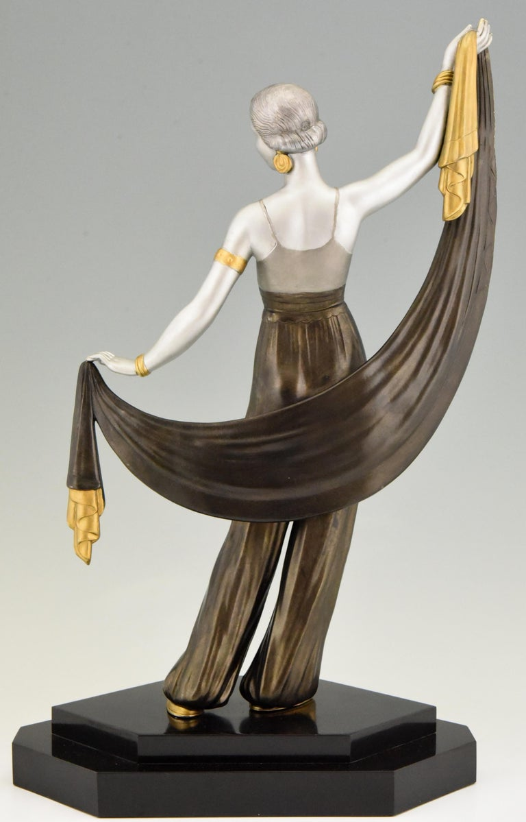 Mid-20th Century Art Deco Sculpture Harem Dancer Salvador, France, 1930 For Sale