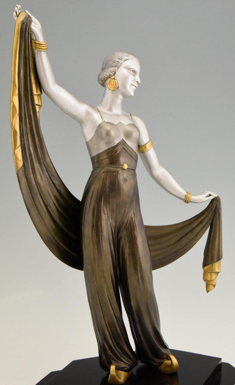 Art Deco Sculpture Harem Dancer Salvador, France, 1930 For Sale 2