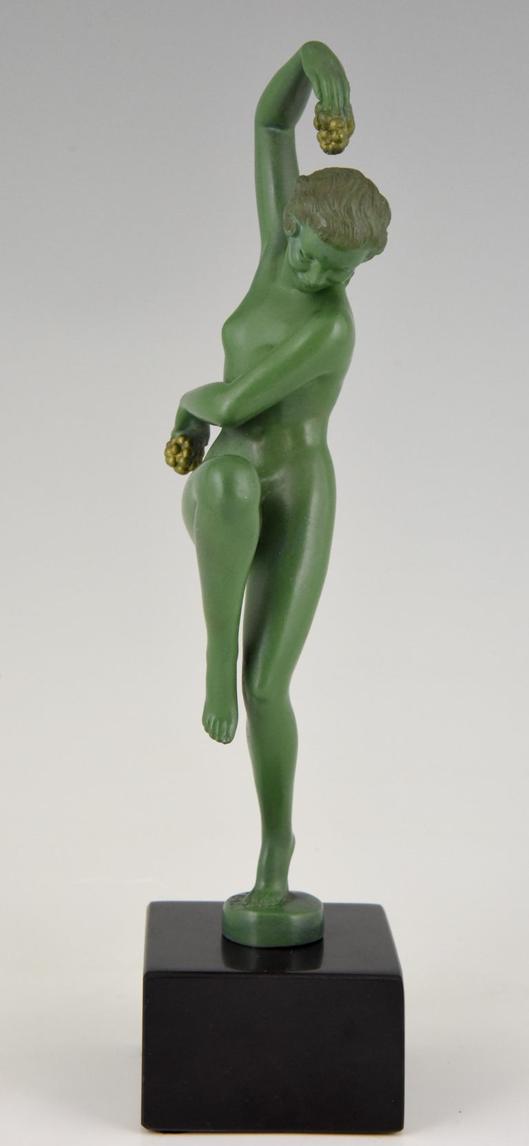 Art Deco Sculpture Nude Dancer with Grapes Denis France 1930 Green Art Metal In Good Condition For Sale In Antwerp, BE