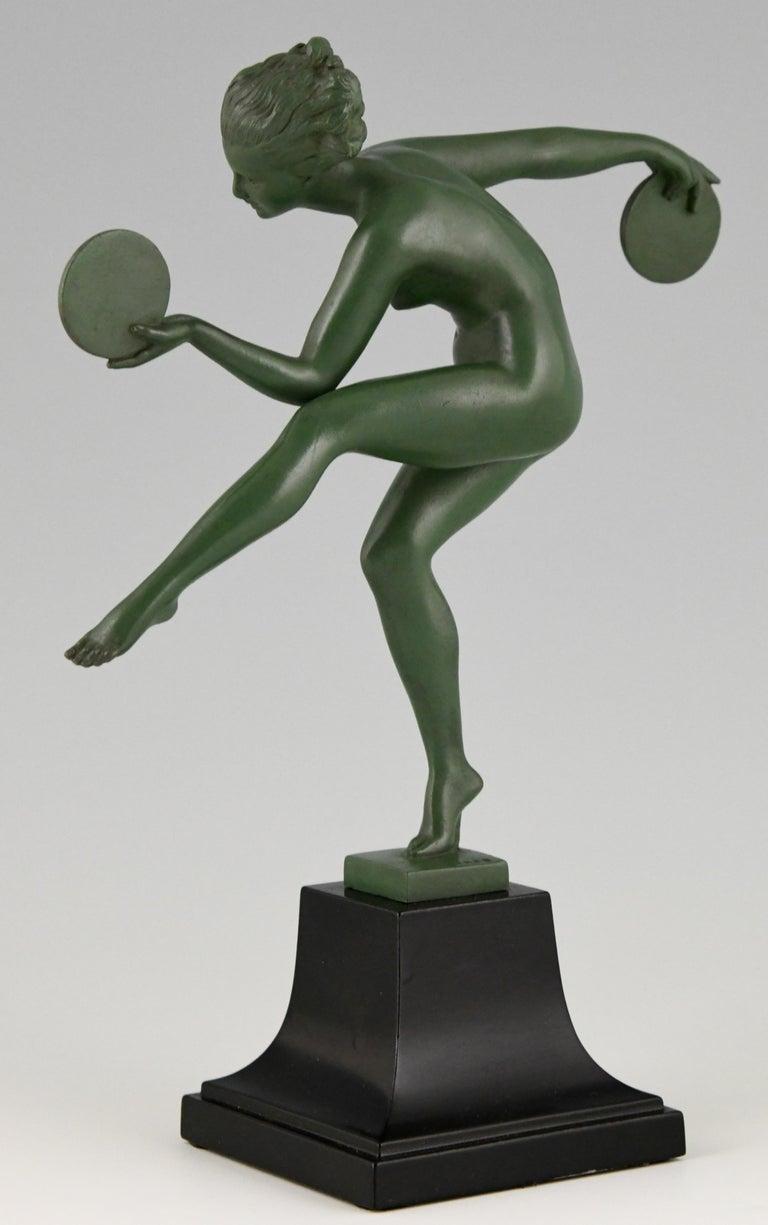 Art Deco Sculpture Nude Disc Dancer Derenne, Marcel Bouraine, France, 1930 In Good Condition For Sale In Antwerp, BE
