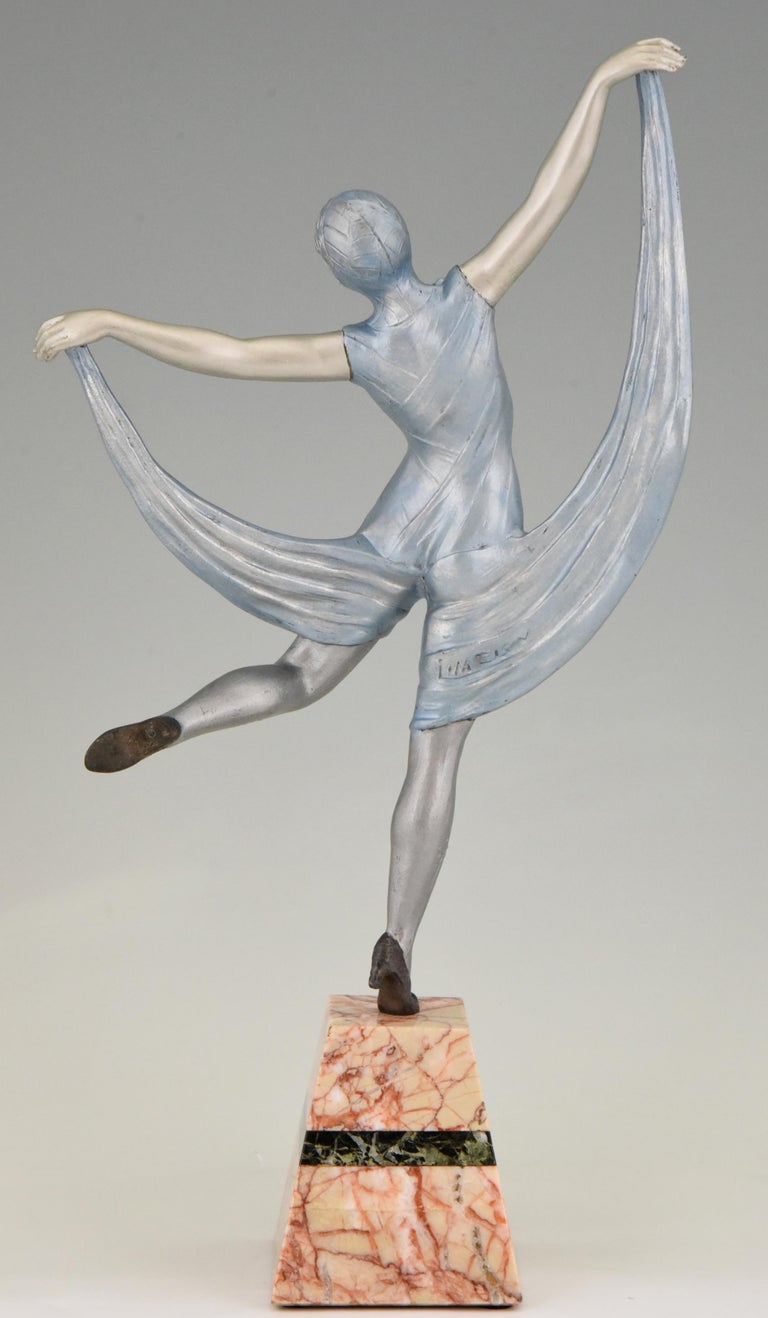 Art Deco Sculpture of a Dancer Limousin, France, 1930 In Good Condition For Sale In Antwerp, BE