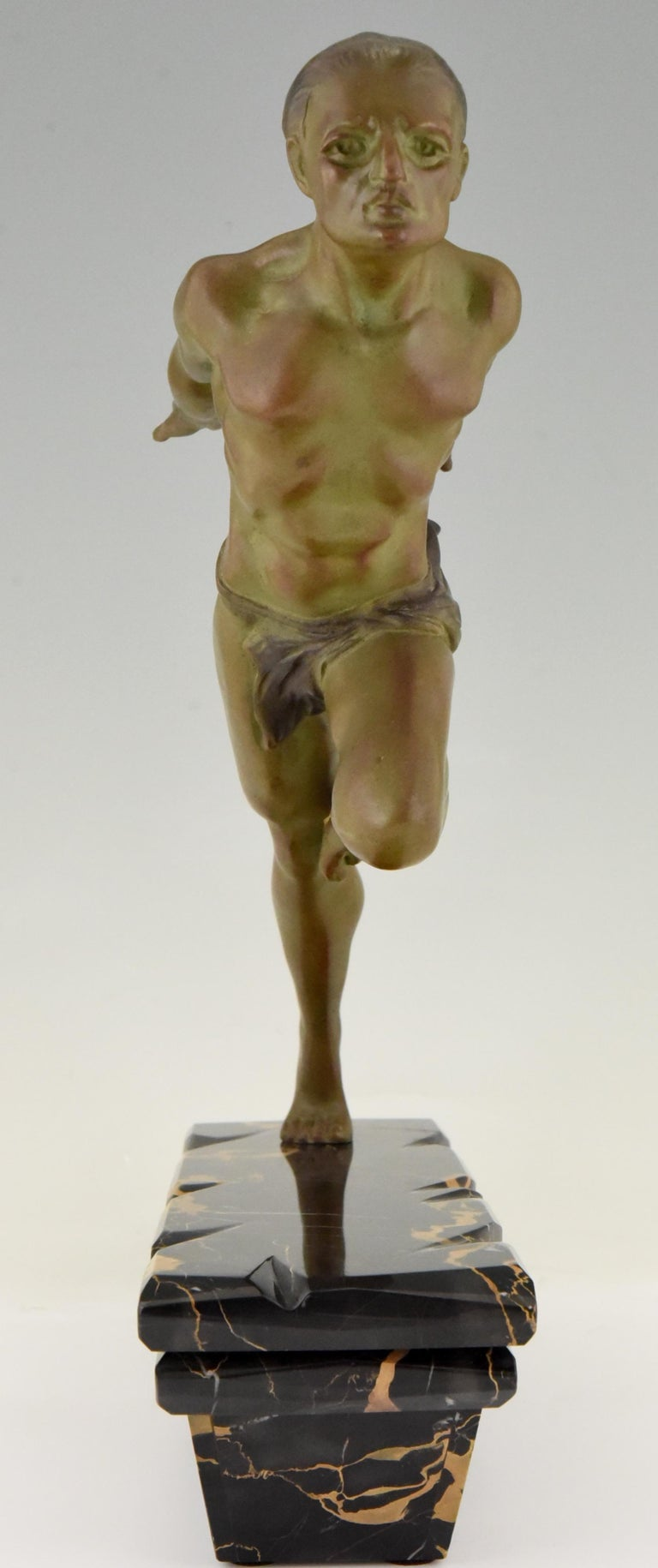 Art Deco Sculpture Running Man or Athlète L. Valderi, France, 1930 In Good Condition For Sale In Antwerp, BE