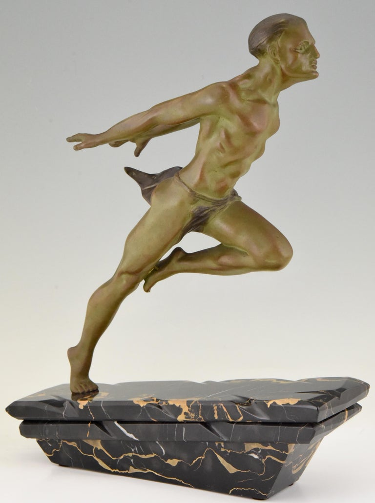 Mid-20th Century Art Deco Sculpture Running Man or Athlète L. Valderi, France, 1930 For Sale