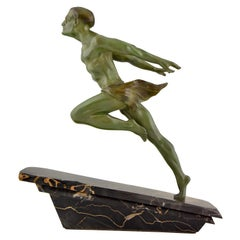 Art Deco Sculpture Running Man or Athlete L. Valderi, France, 1930