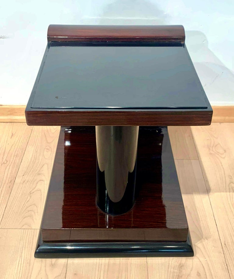 Art Deco Side Tables, Rosewood Veneer, Ebonized, Black Glass, France, circa 1930 In Good Condition For Sale In Regensburg, DE