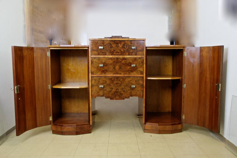 Austrian Art Deco Sideboard or Buffet Burr Walnut Bookmatched, Austria, circa 1925 For Sale
