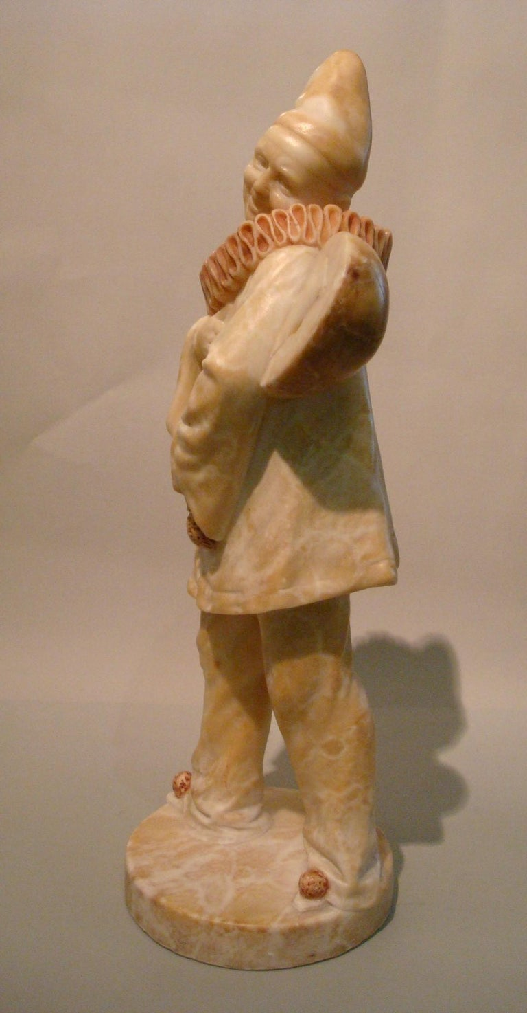 Art Deco Signed Alabaster Pierrot Clown Sculpture, 1920s In Good Condition For Sale In Buenos Aires, Olivos