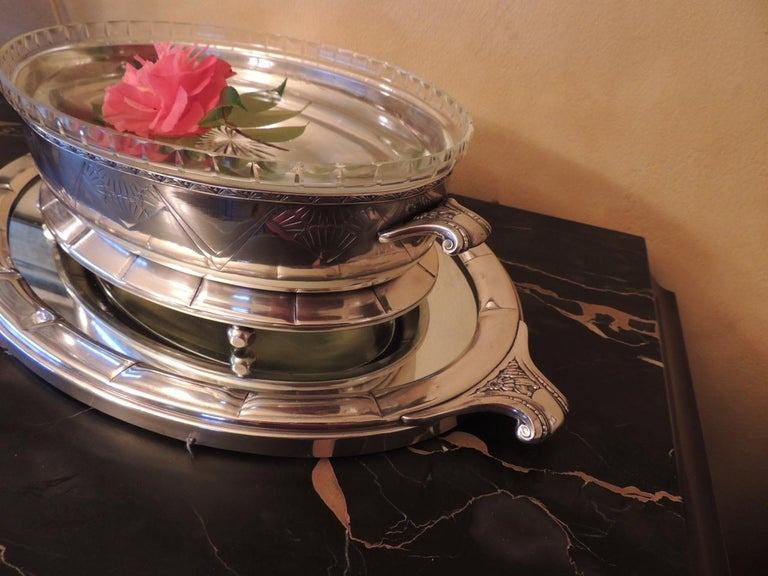Mid-20th Century Art Deco Silver Centerpiece and Mirrored Tray For Sale
