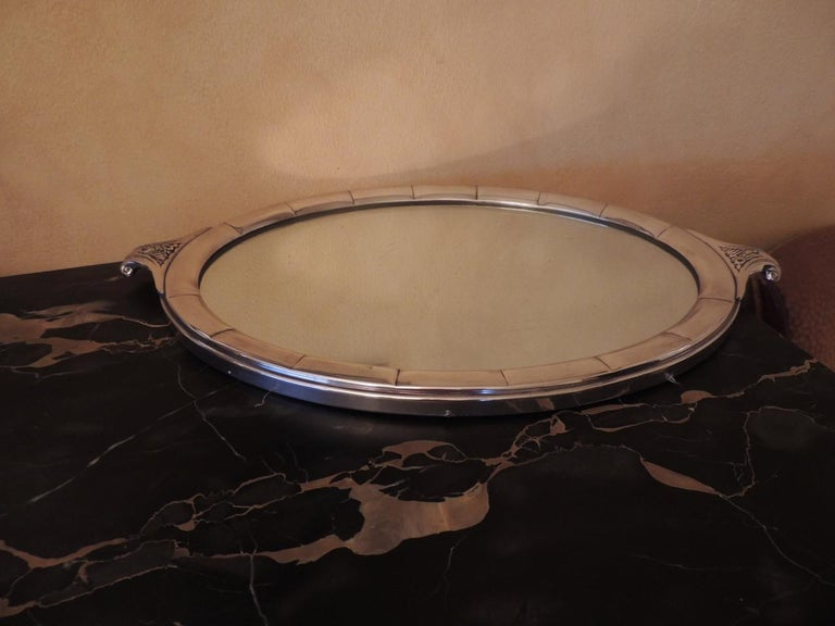 Art Deco Silver Centerpiece and Mirrored Tray For Sale 1