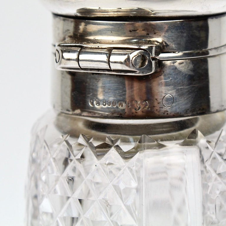 Art Deco Silver and Cut Glass Liquor or Whisky Flask For Sale 8