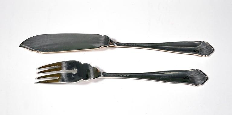 Hand-Crafted Art Deco Silver Fish Cutlery Set in Showcase, by Jarosinski & Vaugoin, Vienna For Sale