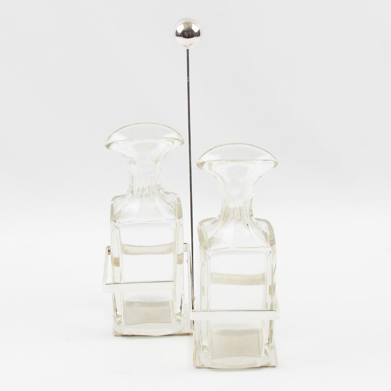 Art Deco Silver Plate and Crystal Oil and Vinegar Cruet Set In Good Condition For Sale In Atlanta, GA