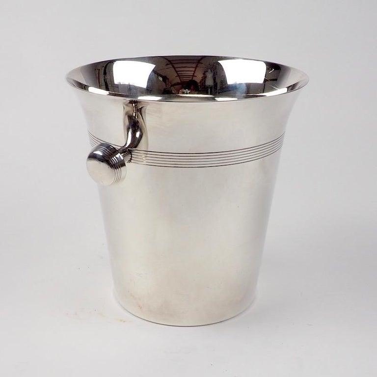 English Art Deco Silver Plate Wine Cooler of Elegant Design For Sale