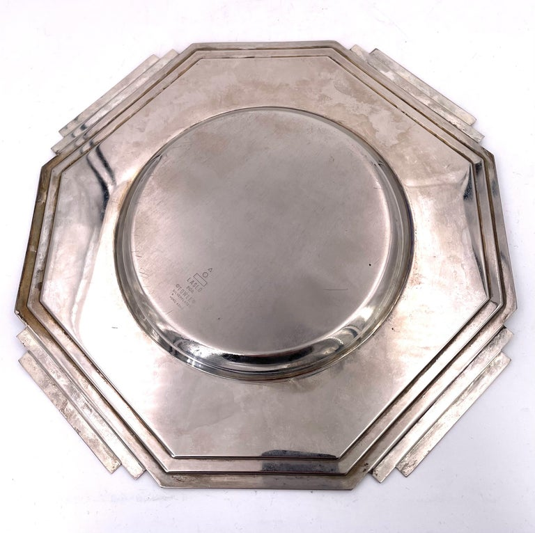 Art Deco Silver Plated Decorative Plate by Larry Laslo For Towle In Fair Condition For Sale In San Diego, CA