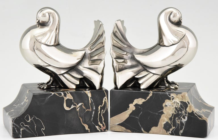 French Art Deco Silvered Bronze Dove Bookends Scribe, France, 1930 For Sale