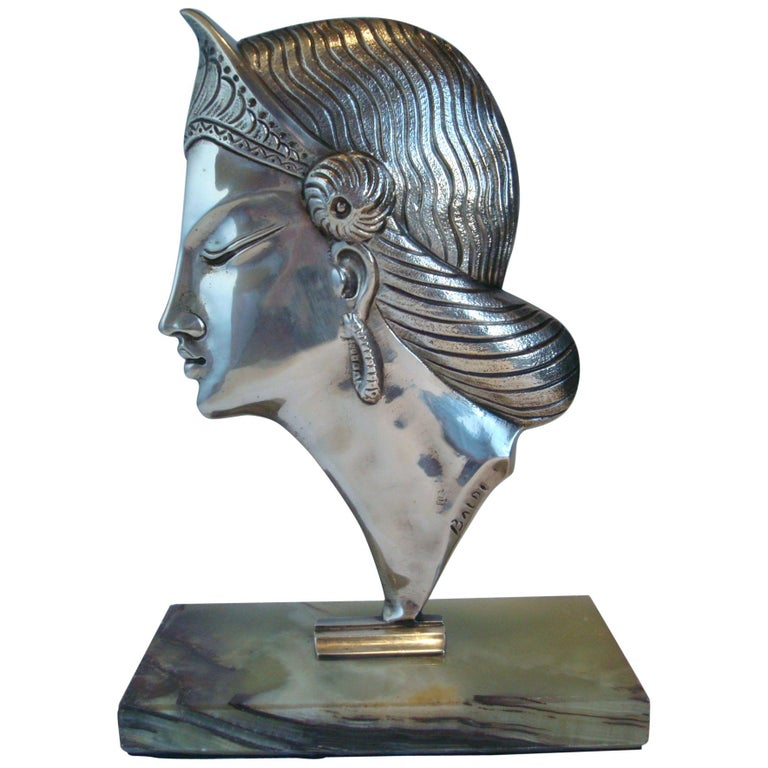 Art Deco Silvered Bronze Sculpture / Bust of a Princess, 1920´s For Sale