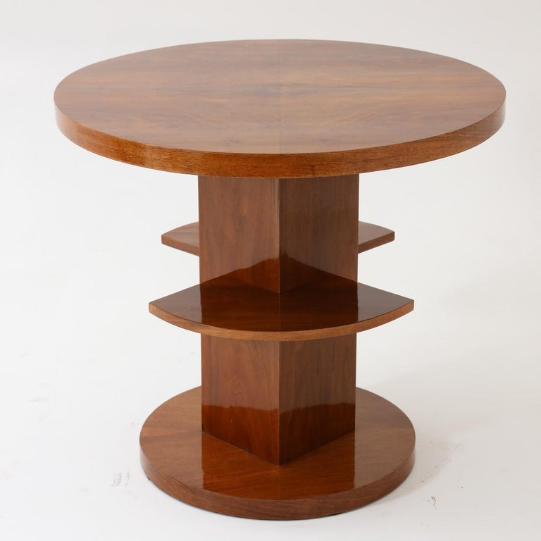 Art Deco Single Round Side Table In Good Condition For Sale In New York, NY