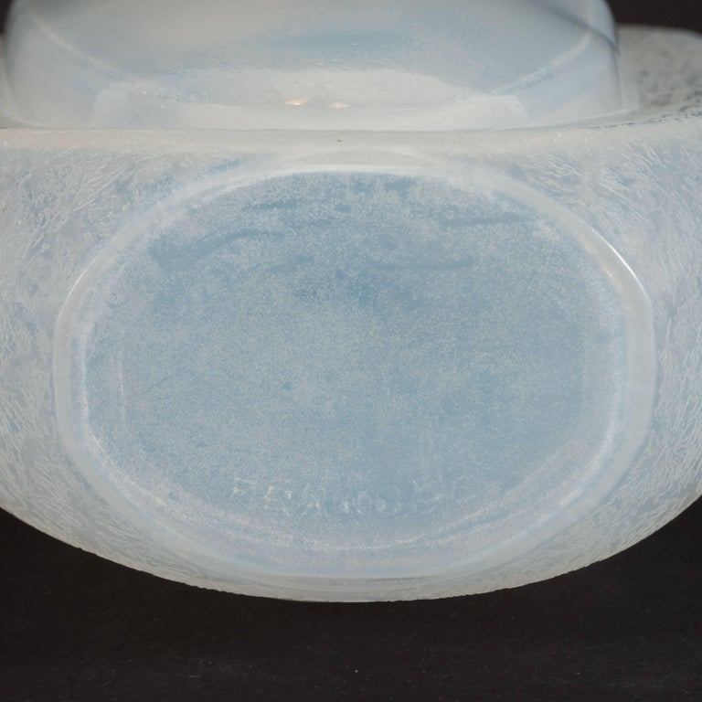 Art Deco Skyscraper Style Opalescent Glass Vase by Andre Hunebelle For Sale 3
