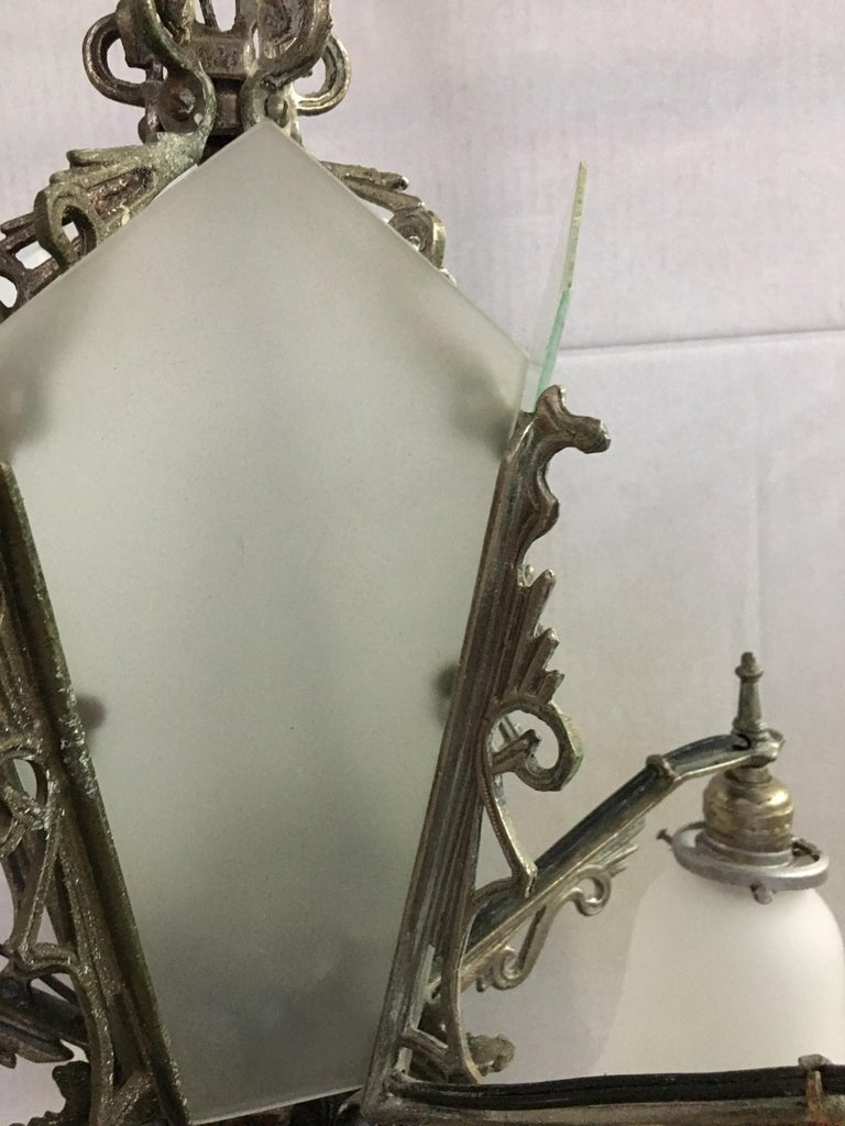 Early 20th Century Art Deco Slat Glass Hanging Light Chandelier with Geometric Details For Sale