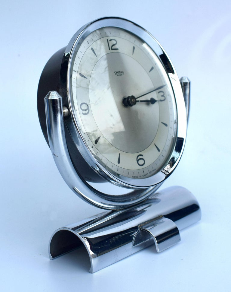 Art Deco Smiths Chrome Table Clock, circa 1930 In Good Condition For Sale In Devon, England
