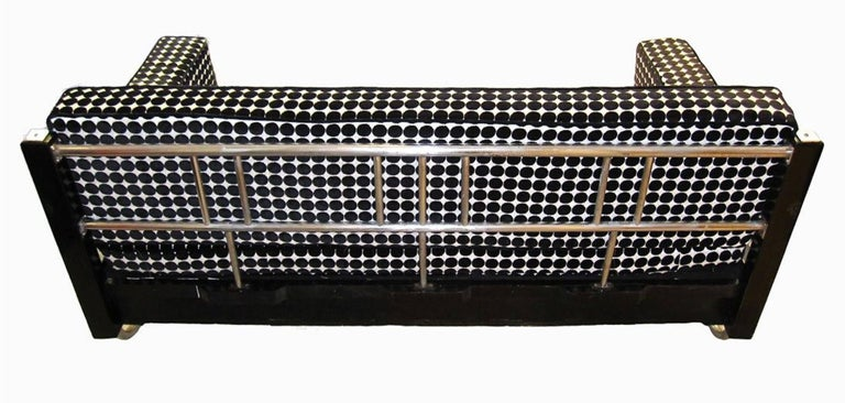 Mid-20th Century Bauhaus Sofa, Chromed Steeltubes and Black Lacquered Wood, Germany circa 1930s For Sale