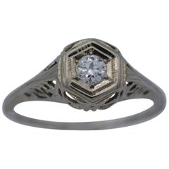 Art Deco Solitaire Diamond Filigree Ring, 19 Karat White Gold