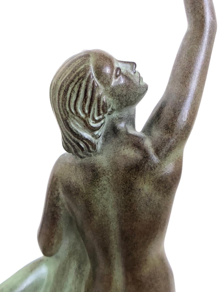 Art Deco Spelter Sculpture Love Message by Pierre Le Faguays and Max Le Verrier For Sale 3