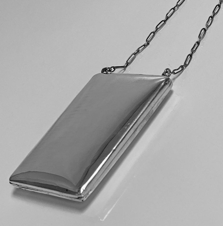 Art Deco Sterling Combination Sovereign Compact Card Case, American, circa 1920 In Good Condition For Sale In Toronto, Ontario